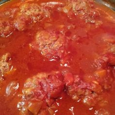 Oven Baked Meatballs With Gravy
