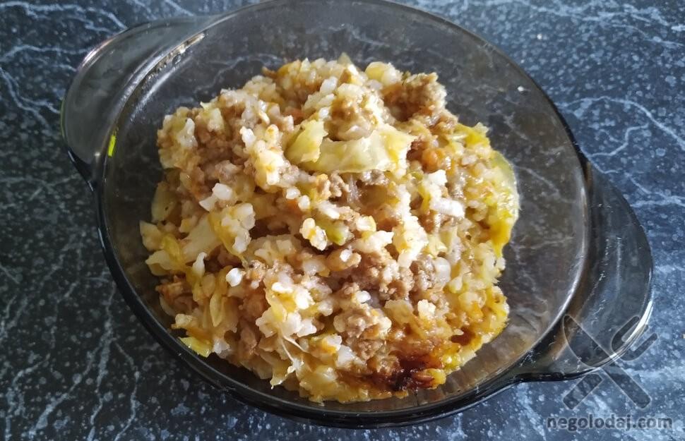 Рецепт ленивая капуста с мясом в кастрюле