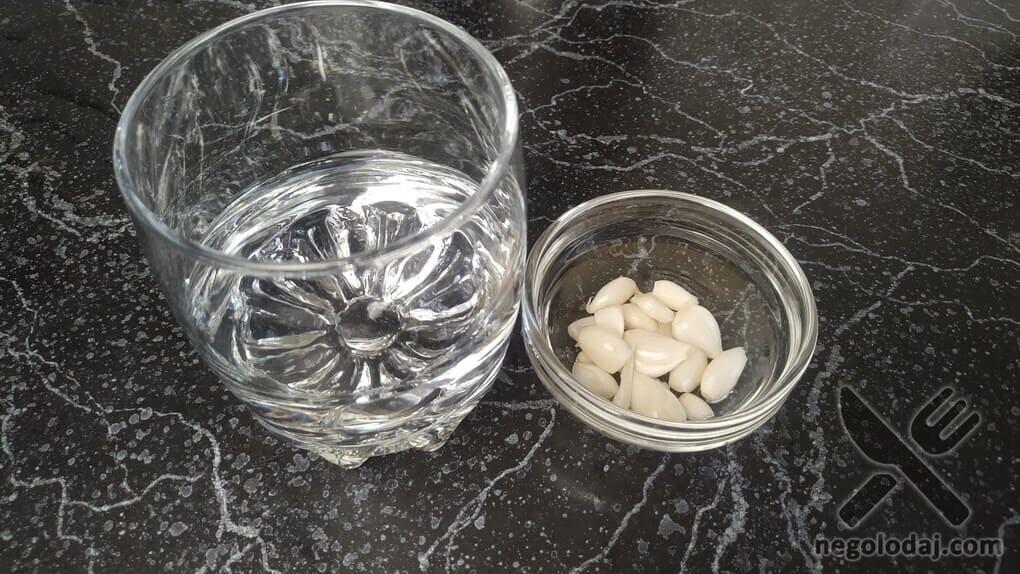 Ингредиенты для чесночной подливки