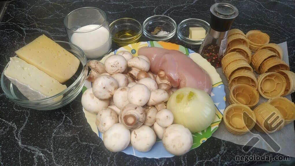 Ингредиенты для жульена с грибами и курицы