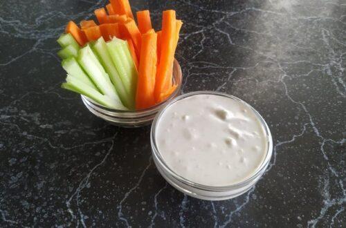 Соус блю чиз с морковью и сельдереем