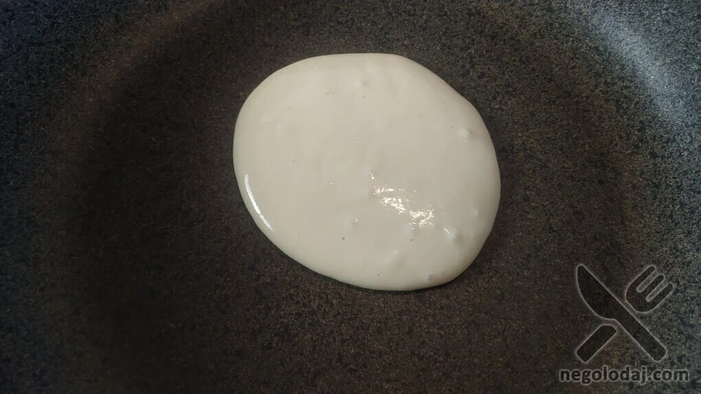 Жарим панкейки на сухой сковородке
